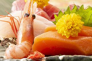 お刺身が長持ちする上に美味しくなる!『サーモンユッケ』『漬けカツオ』の作り方