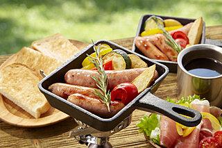 アウトドアレジャーで大活躍する調理器具『スキレット』を使ったキャンプ飯特集