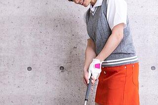 秋のゴルフウェアにおすすめのアイテムやコーデのポイントを紹介