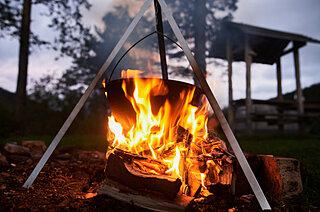 焚き火で楽しむキャンプ!この時期だからこそのゆったり時間を楽しみませんか