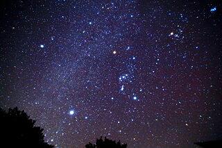 秋の澄んだ夜空に輝きはじめた「シリウス」の迷宮入りミステリーとは?